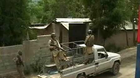 28 militants killed and nearly 60 injured in fresh clashes with security forces in lower Orakzai Agency.