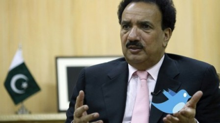 Rehman Malik has joined Twitter following the LHC's ban on Facebook. (Reuters)