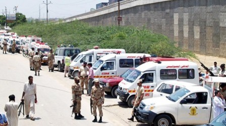 Ranger personnel standing near the ambulances near Naval Headquarter. PHOTO: ONLINE