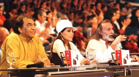 Salamat Ali, Hadiqa Kiani and Nizar Lalani judge the contest. PHOTO: PUBLICITY