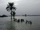 flood-sukkur-reuters