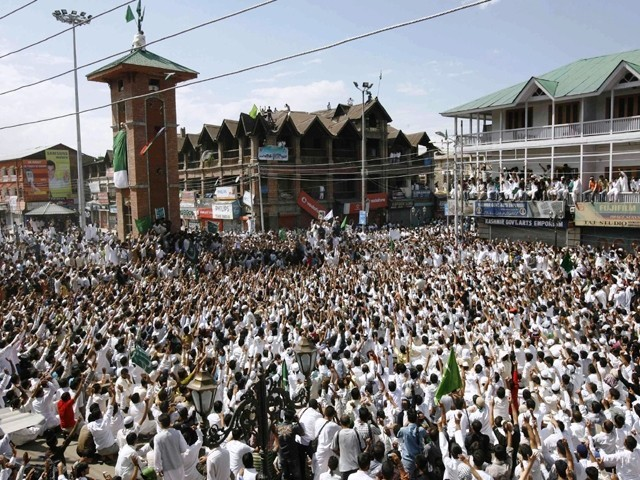 Kashmiris attend an anti-India protest in Srinagar September 11, 2010. PHOTO: REUTERS