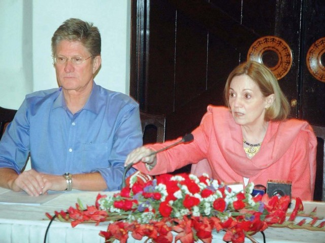 US Ambassador Anne W Patterson addresses a press conference in Quetta. PHOTO:PPI