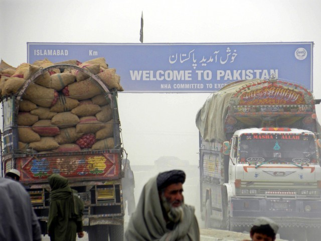 Trucks carrying Afghan transit trade supply are waiting for custom clearance at Pak-Afghan border in Chaman, Pakistan, 28 October 2010. PHOTO: EPA