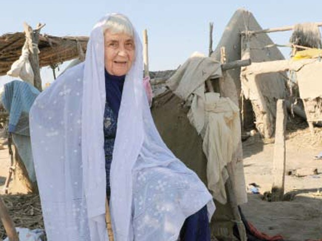 In this picture taken on December 2, Ruth Pfau, head of a charity fighting leprosy and blindness, visits the flood-affected Begna village in Jati town. PHOTO: AFP