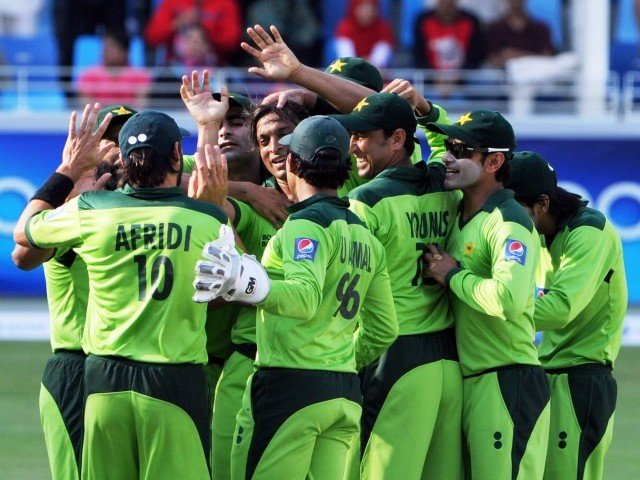"India promises ""state-level"" security to Pakistan cricket team in response to apprehensions of a terrorist attack."