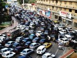 Traffic jam in Saddar, Karachi following news of ongoing killings across the city. PHOTO: ATHAR KHAN