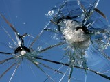 shattered-glass-3