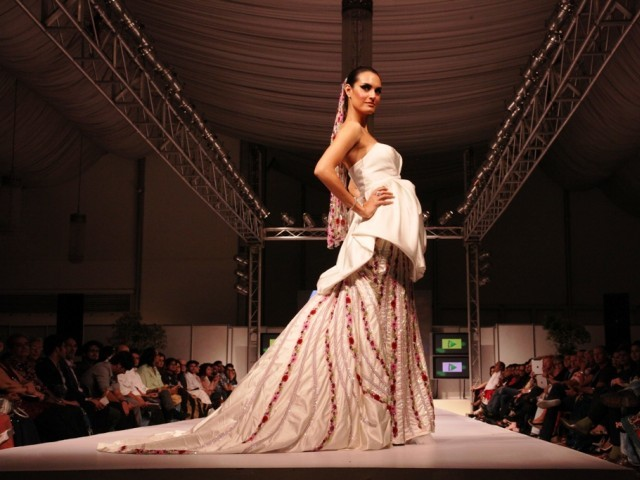 A model on the runway at the Karachi Fashion Week. PHOTO: NEFER SEHGAL/EXPRESS