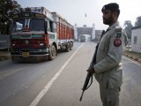trade-truck-pakistan-india-reuters-2