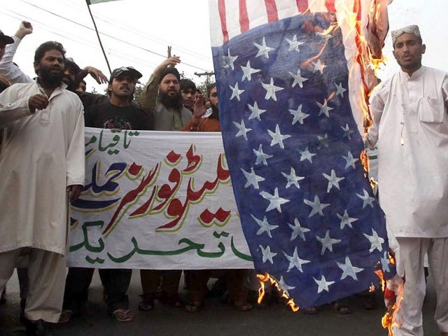 Up to 400 students of Islamia University in Bahawalpur boycotted classes in a protest against the Nato attack. PHOTO: INP