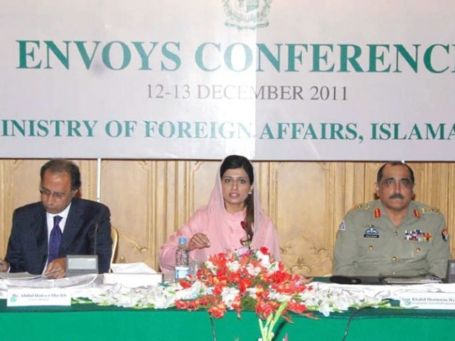 Pakistan's Envoys conference being chaired by FM Khar,  General Khalid Shameem Wynne, Finance Minister Hafeez Sheikh seen in the picture. PHOTO: INP
