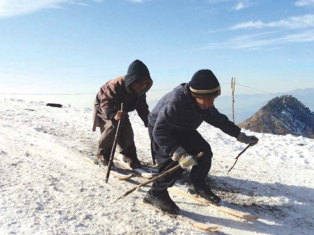 The first snowfall of the season attracts adventure enthusiasts to Malam Jabba.