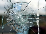shattered-glass-2-2-2-2