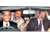 aitzaz-ahsan-photo-file