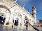 mahabbat-khan-mosque-photo-file