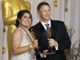 "Directors Sharmeen Obaid-Chinoy (L) and Daniel Junge, winners of the Best Documentary Short Subject for the film ""Saving Face"", pose with their Oscars during the 84th Academy Awards in Hollywood, California February 26, 2012.  PHOTO: REUTERS"