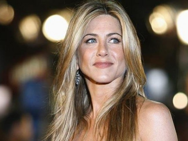 The 'Friends' star spends about 250 pounds every day on beauty treatments. PHOTO: REUTERS