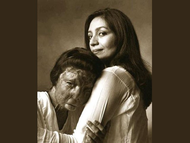 Fakhra Yunus and Tehmina Durrani.  PHOTO: GUIDO HARARI