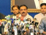 MQM Coordination Committee member Kanwar Naveed Jameel briefed journalists on Sunday's events. PHOTO: AGENCIES