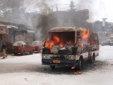 karachi-burns-photo-athar-khan-express-2-2