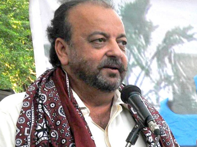 Durrani says deputy commissioners, Commissioner Karachi want to gain control of Karachi. PHOTO: FILE