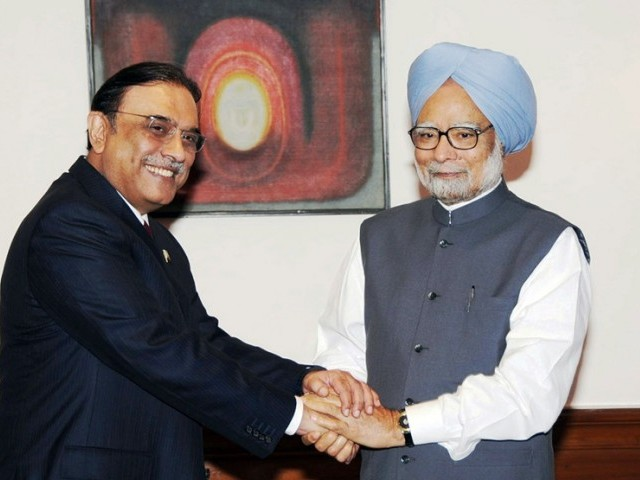 President Zardari, Indian premier engage in 45-minute one-on-one meeting behind closed doors. PHOTO: PID