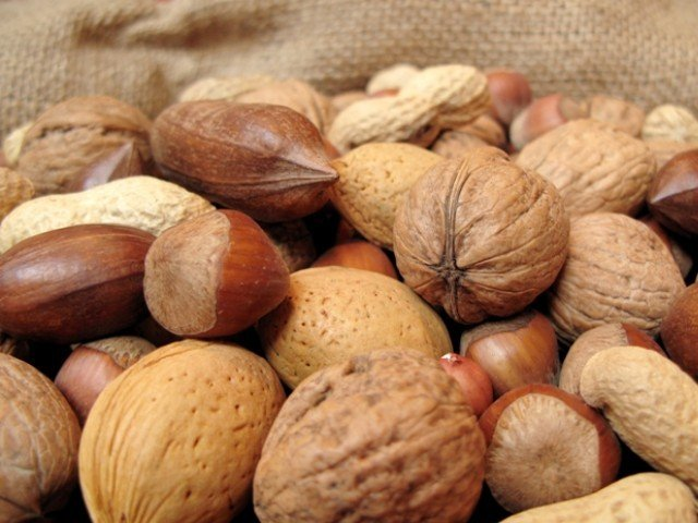 Chomping on nuts leads to higher levels of good cholesterol and lower levels of C-reactive protein.