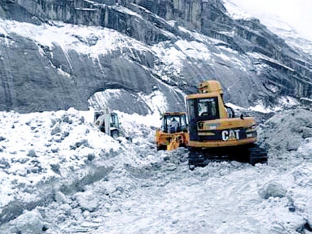 Debunks 'myth' that Siachen is melting due to global warming. PHOTO: APP