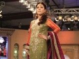 fashion-photos-ayesha-mir-express-01