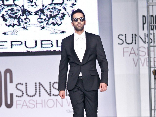 Day four, which was also the finale of one of the most prestigious fashion events in Pakistan, was a trip to the 70s. PHOTO: FARHAN LASHARI/EXPRESS