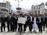 Lawyers protest against the abduction of Shahzain Bugti's legal adviser. PHOTO: NASEEM JAMES/ EXPRESS