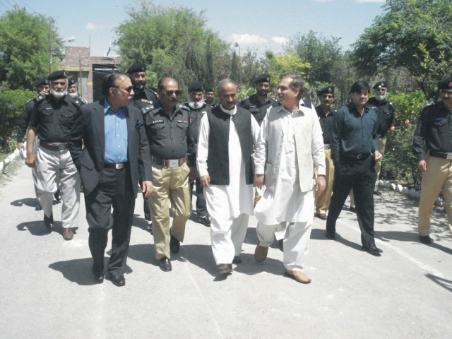 Members of the Khyber-Pakhtunkhwa government's inquiry committee visited Bannu Central Jail on Monday. PHOTO: EXPRESS