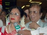Filmstar Shabnam with her husband Robin Ghosh at Karachi airport. PHOTO: EXPRESS/MOHAMMAD NOMAN
