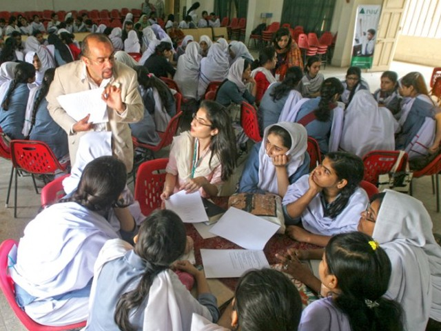 """These girls are coming up with their business proposals in only minutes. Usually this takes businessmen days,"" said Muhammad Khalil, who had flown in from Jordan for the session. PHOTO: ATHAR KHAN/EXPRESS"