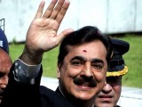 The Supreme Court gives Gilani only a symbolic sentence of a few minutes' detention in the courtroom. PHOTO: REUTERS