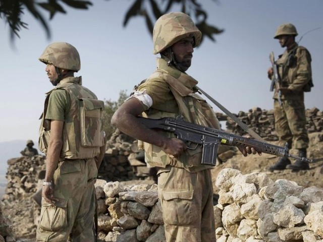 Three army personnel were injured when a convoy of security forces was targeted on Canal Road. PHOTO: EXPRESS/FILE