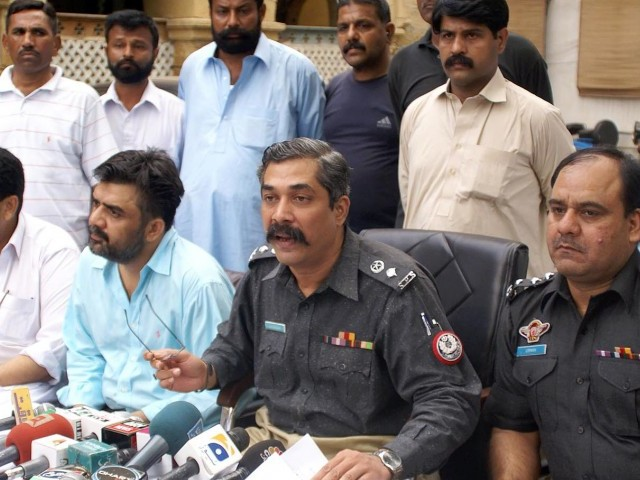 SP Khurram Waris claimed that the suspect had 100 murders to his name. PHOTO: INP
