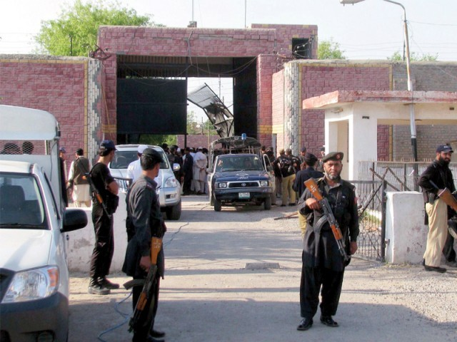 Nearly 400 prisoners escaped after dozens of heavily-armed insurgents launched the attack on the Bannu prison. PHOTO: FILE