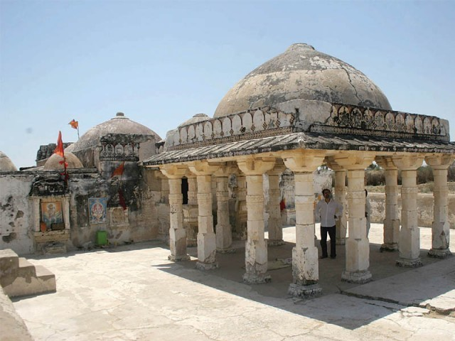 Gori temple is located in the village of Gori between Islamkot and Nagarparkar in Tharparkar district. At least a dozen major Indian Jain temples, all of them named Godiji Parshwanath, trace their heritage to Pakistan's Gori temple. PHOTO: ATHAR KHAN/EXPRESS