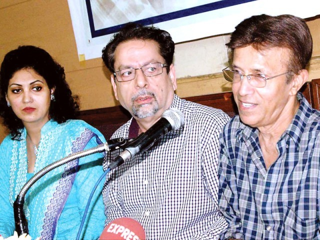 Singer Alamgir was flattered by the respect and appreciation he received from his many fans in Pakistan. PHOTO: APP