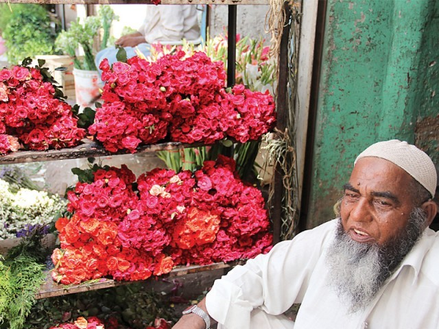 From 10am to 1pm, Teen Hatti's flower market in bustling with activity. Most wholesale retailers sell flowers at half the cost. For ecample, a dozen tuberoses are sold for Rs300 in the market, but here you can buy them for Rs100 or less. The area also has its very own mazaar, which is named after a shaheed who came to Sindh with Muhammad bin Qasim. He has many followers all over the country and across the world, especially Oman and Africa. PHOTO: AYESHA MIR/EXPRESS