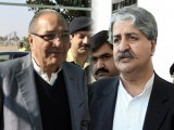 ahmed-mukhtar-naveed-qamar-photo-inp-afp