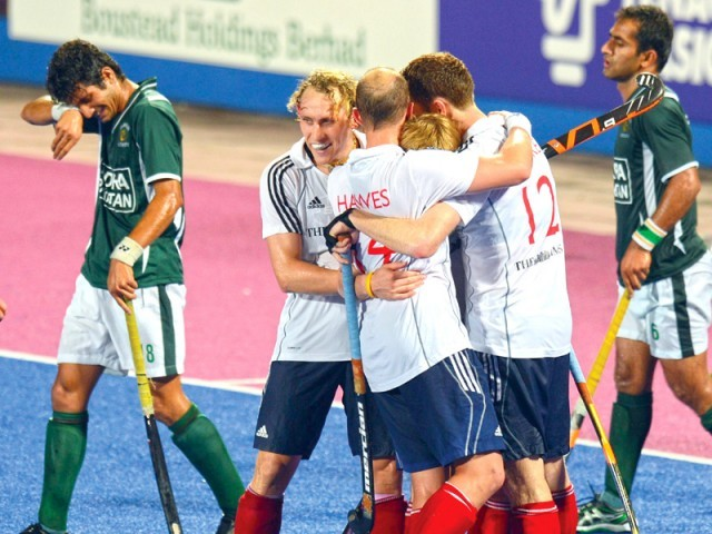 Pakistan beat Argentina 4-2 in their opening match but things have gone downhill since then with the Geenshirts losing their next five matches. PHOTO: AFP