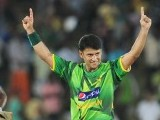 Yasir Arafat (R) celebrates after dismissing Sri Lankan cricketer Angelo Mathews. PHOTO : AFP