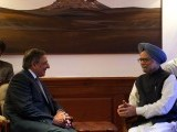 leon-panetta-manmohan-singh-india-us-photo-afp-2