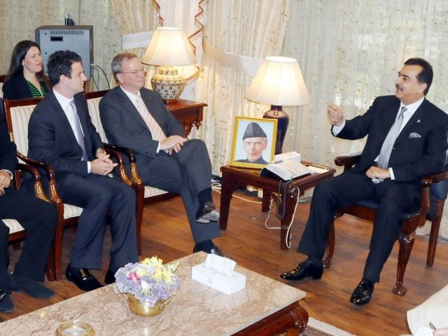 Prime Minister engaging with the Google delegation headed by Executive Chairman Eric Schmidt. PHOTO: INP