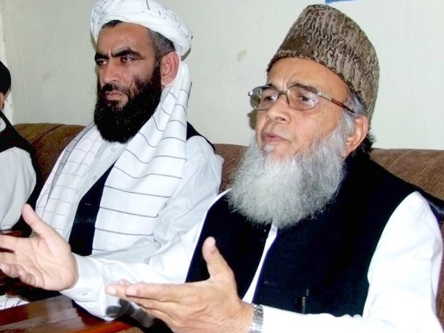 Munawar Hassan urges government to submit requisition to UN to ponder over the situation.  PHOTO: INP/ FILE