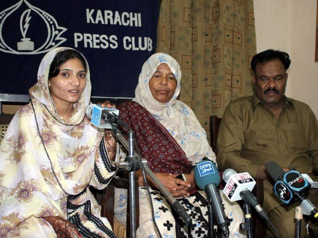 Hawa said during a press conference at the Karachi Press Club that she was a Dalit before she converted to Islam on July 9. PHOTO: NNI