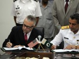 nato-us-pakistan-sign-agreement-afp